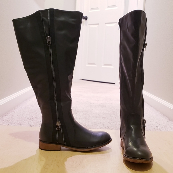 Lisa Extra Wide Calf Boot Sz 6 Nwot